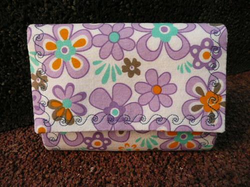 Fialové květy-peněženka