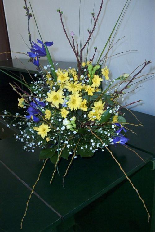 jarní vypichovaná kvetoucí MÍSA