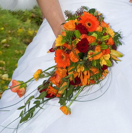 Oranžovo červená - podzimní - převislá