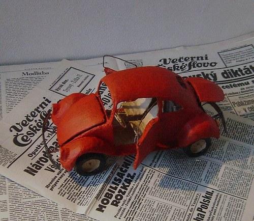VW Brouk z papíru