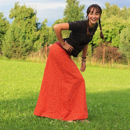 Oranžová spirálková sukně (možno též těhotenská)