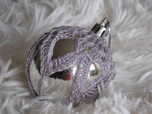 Vánoční ozdoba - lesklá šedá