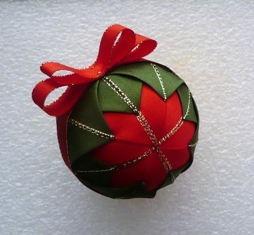 Vánoční kuličky - 2 ks, červený střed