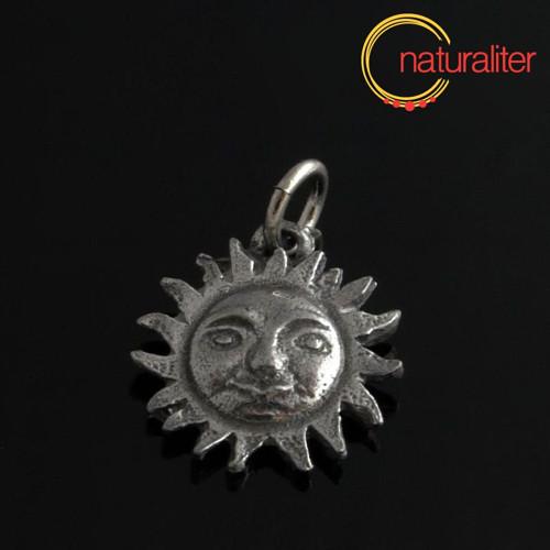 Slunce - přívěsek starostříbro 19x17mm
