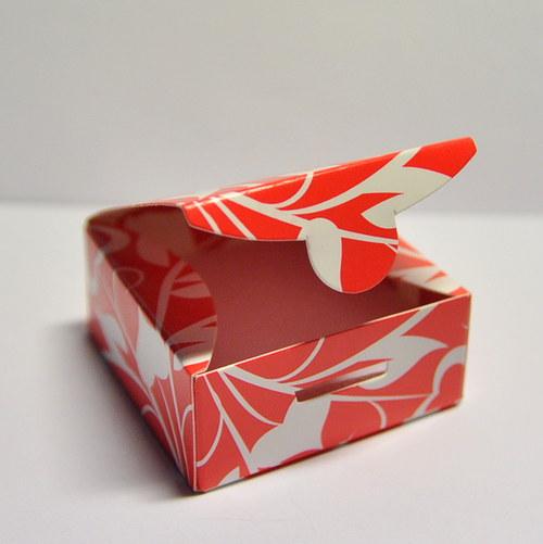2 Krabička srdíčka - červená 50mm