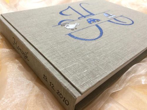 "Album  ,, MONOGRAM\""   modrá , 26 x 34 cm"