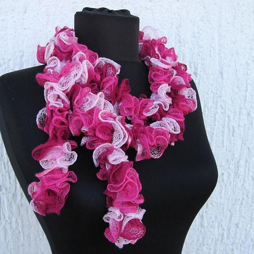 Volánková šála - růžová