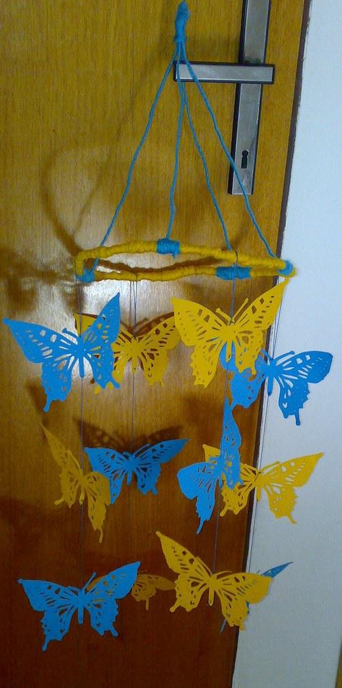 Poletující motýlci