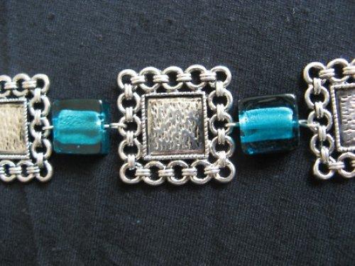 Modrá kostka - náhrdelník