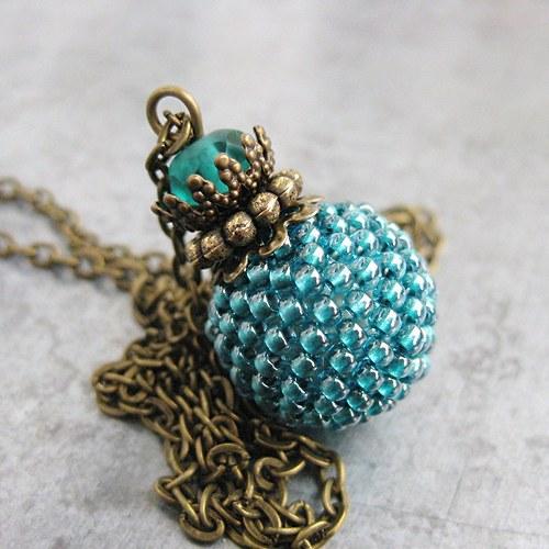 Smaragdový v bronzové