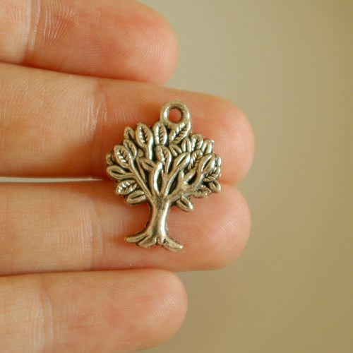 Přívěsek - strom I