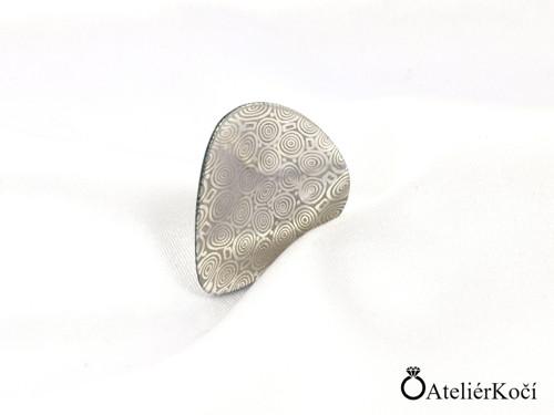 Originální trsátko z damasteelu