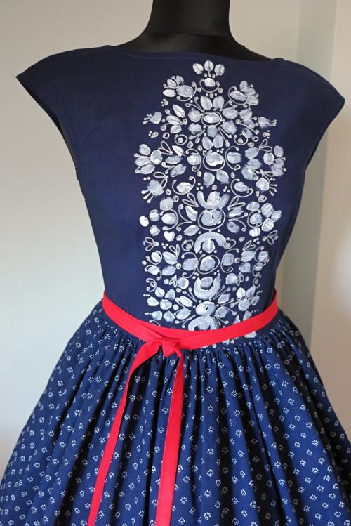 šaty modrotiskové a  malované vel 36 originál!!