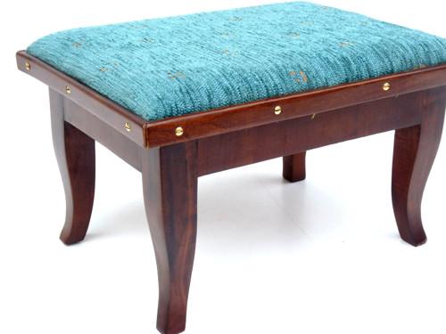 Třešňová stolička