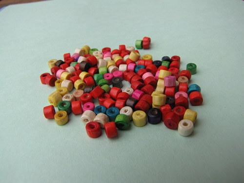 Dřevěný barevný mix ,20 kusů