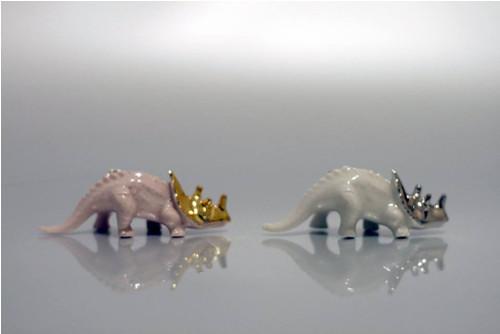 Brož Dinosaurus TRICERATOPS