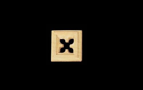Dřevěná řezba OM25