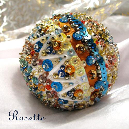 Vega - dekorační koule