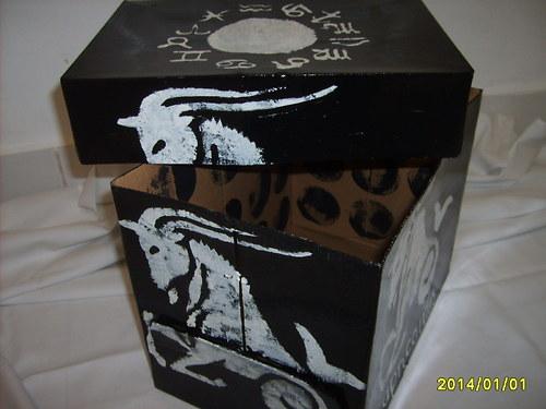 & Úložná krabice-znamení zvěrokruhu KOZOROH &
