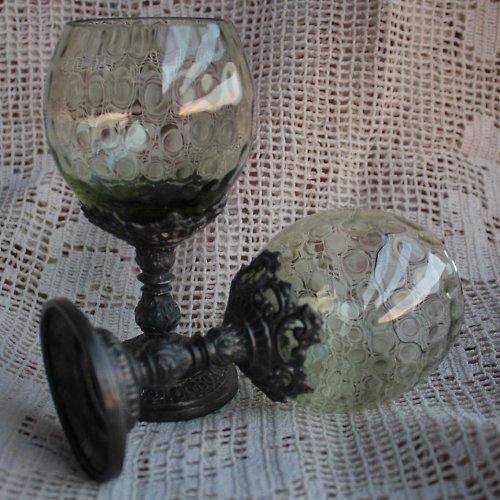 Sklenka na červené víno