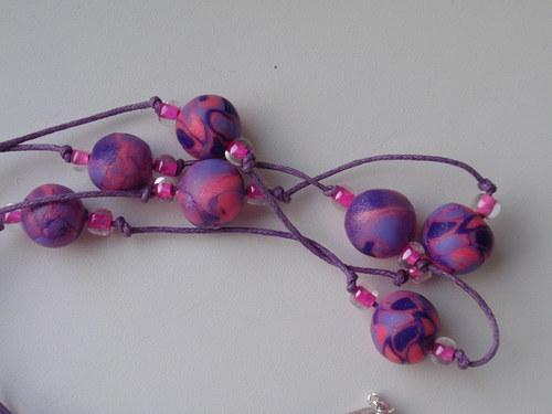 Růžovofialové korálky