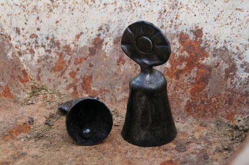 Ručně kovaný zvoneček - větší, sluněčněměsíční