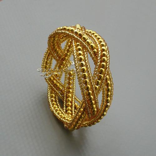 Propletený náramek - zlatá barva