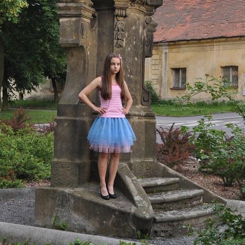Modro-růžová tylová sukně