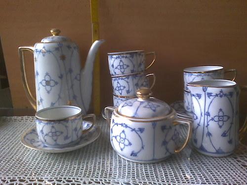 Porcelánový servis na kávu