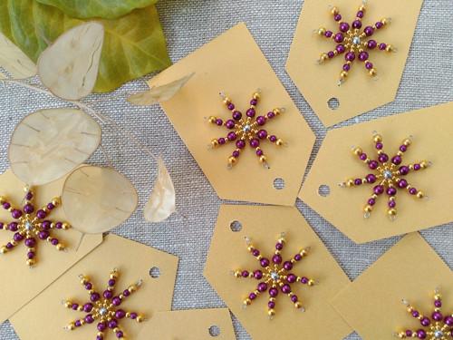 Jmenovky na dárky-s hvězdou fialovozlatou (8ks)