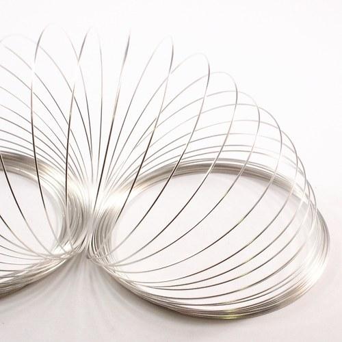 Paměťový drát 6,5 cm stříbrný 20 otoček