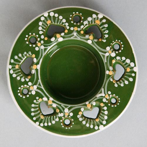 Svícen čajový vyřezávaný