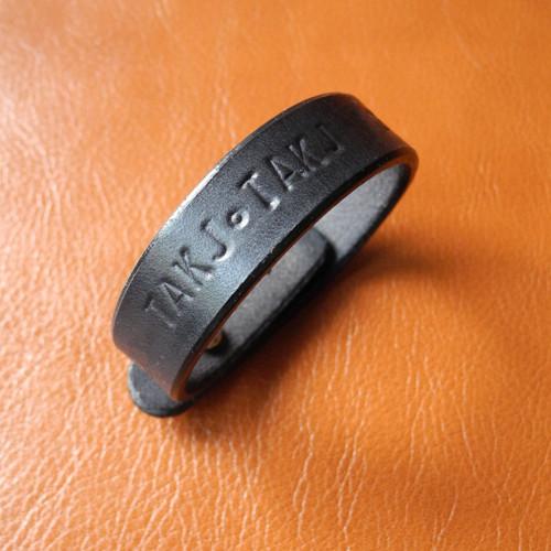Lewis (náramek z kůže, vlastní text) š=1,7cm
