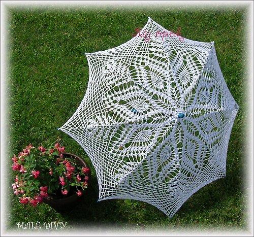0374ec908e8 krajkové háčkované rukavičky na křídlech motýlích · Ráj čepiček · O+♥.  nedostupné. háčkovaný deštník - slunečník
