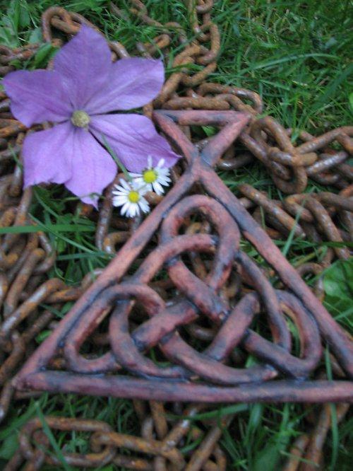 Keltský klín, 15 cm, s básní