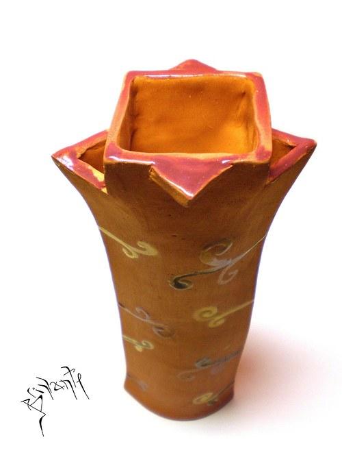 Kudrnatá váza