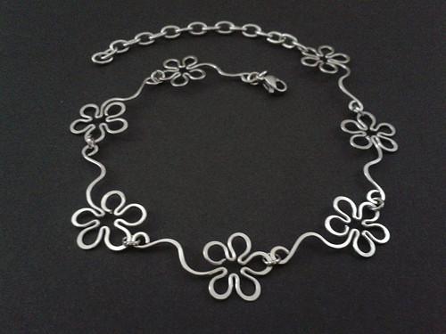 Krásný nákotník - Květy - chirurgická ocel