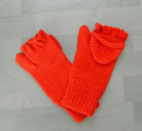 Ručně pletené odklápěcí rukavice