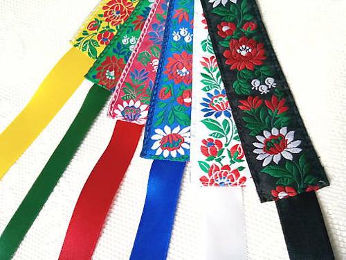 Slovak folklore headbands