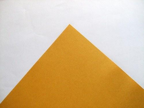 Zlatý papír matný 300g