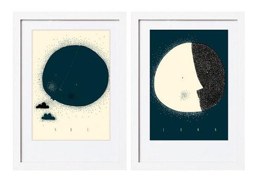 Měsíc, slunce... modrý inkoust.