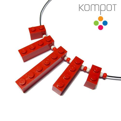 LEGO NÁHRDELNÍK - červený
