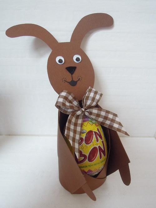 velikonoční zajíček s čoko vejcem