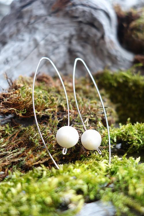 Náušnice s říčními perlami (bílé)