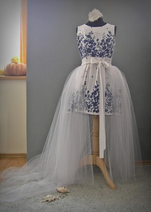 svatební vlečka k pouzdrovým šatům