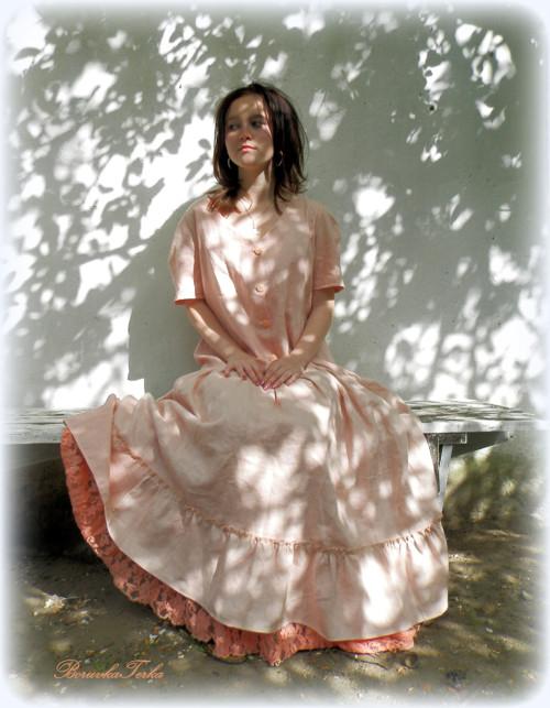 Lněné šaty,nejen spodničkové - pastelově meruňkové