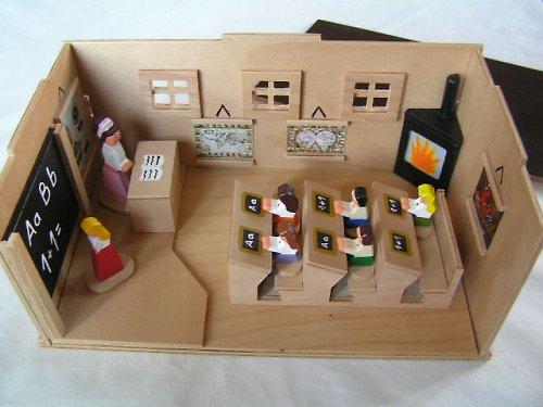 Stará škola - drevená hračka pre deti