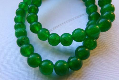 Zelený jadeit, 6 mm - návlek, II jakost
