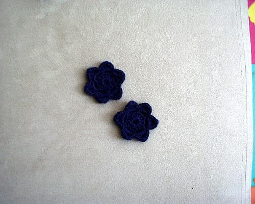 Háčkované kytičky - tmavě modré