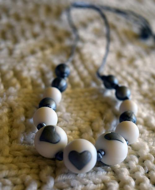 silikonové korálky - náhrdelník se srdíčky
